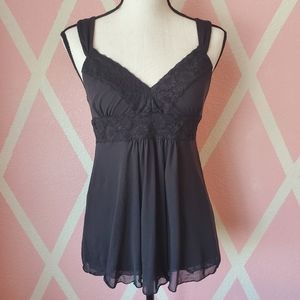 2/$12 🎉 Express Black Camisole w/ Lace Detail